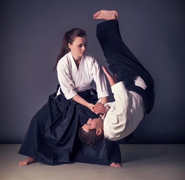 Học aikido tương đối nhẹ nhàng nên môn võ này gọi là môn võ dành cho phái nữ