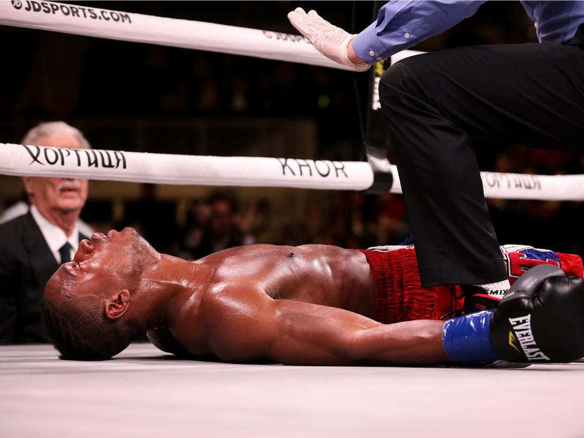 Võ sĩ đấu boxing