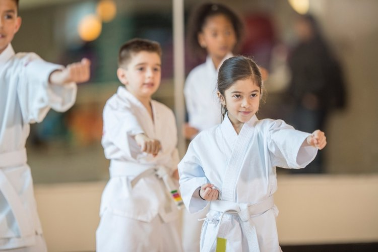 Nên cho bé học võ ở đâu?